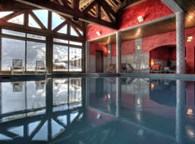 SPA AND INDOOR SWIMMING-POOL