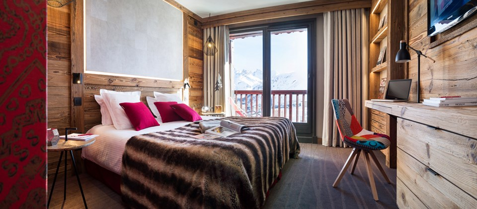 residence with swimming pool tignes